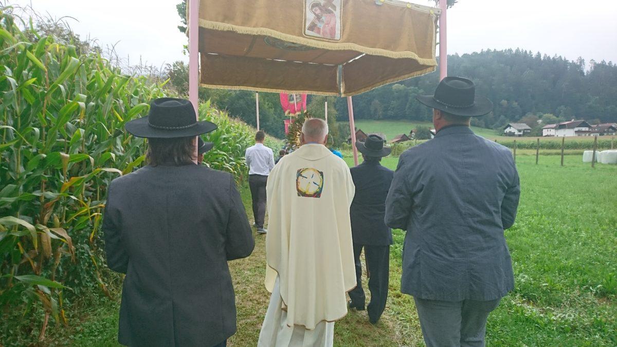 Angelska nedelja v Zg. Vižingi