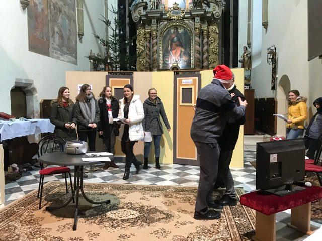 "23.12.2018 – Vaje za božično igro: ""Zasvojenost"""